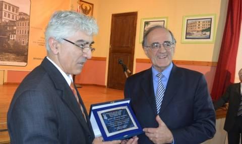 Ο Γ. Σούρλας τιμήθηκε με το βραβείο «Αλέξανδρος Υψηλάντης»