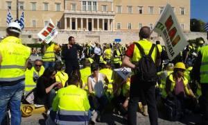 Χιλιάδες μεταλλωρύχοι στην Αθήνα - Επεισόδια με αντιεξουσιαστές στα Προπύλαια