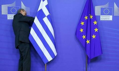 Spiegel: Τέσσερις λόγοι κατά του Grexit