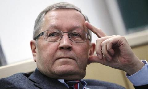Ρέγκλινγκ: Εργαζόμαστε σκληρά για την Ελλάδα
