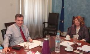 Συνάντηση Χριστοδουλοπούλου - Καμίνη για τους μετανάστες στην Αθήνα
