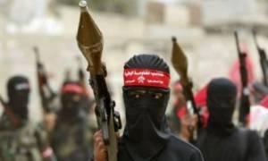 Υεμένη: Η αλ Κάιντα έκλεψε από στρατόπεδο άρματα και βαρύ οπλισμό