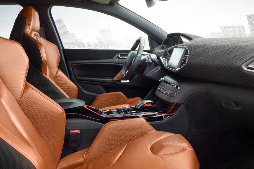 Peugeot: Το 308 R Hybrid δείχνει το μέλλον