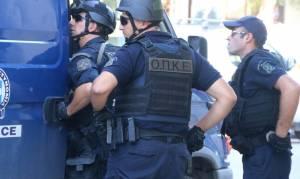 Δυο αστυνομικοί καταθέτουν για τη βίαιη προσαγωγή νεαρού στα Εξάρχεια