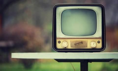 Προκαλεί ή όχι τελικά η «τηλεόραση από κοντά» μυωπία; Οι επιστήμονες απαντούν!