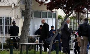 Δίκη Χρυσής Αυγής: Με παρόντες 44 κατηγορούμενους, από τους 69, ξεκίνησε η διαδικασία
