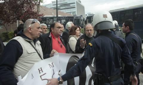 Δίκη Χ.A: Προς τις φυλακές Κορυδαλλού κατευθύνεται η μεγάλη αντιφασιστική πορεία