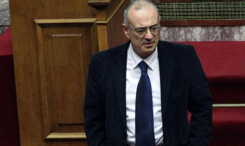 Τι λέει το υπουργείο Οικονομικών για το swap Titlos