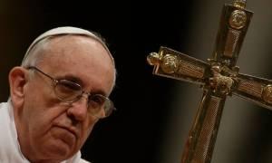 Ο πάπας Φραγκίσκος καταδίκασε τις δολοφονίες χριστιανών από τους τζιχαντιστές