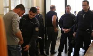 Ηράκλειο: Ένταση και ξεσπάσματα στη δίκη του μέχρι θανάτου ξυλοδαρμού με μαγκούρες