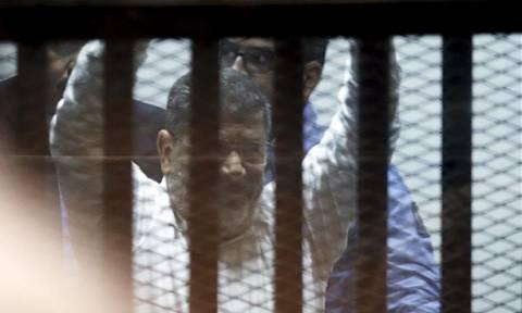 Μουσουλμανική Αδελφότητα: Η δίκη του Μόρσι ήταν «παρωδία δικαιοσύνης»