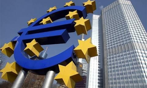 EKT: Σχέδιο για περαιτέρω μείωση της ρευστότητας στην Ελλάδα