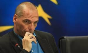 Βαρουφάκης: Αντιμετωπίζουμε πραξικόπημα, όχι με τανκς, αλλά μέσω τραπεζών