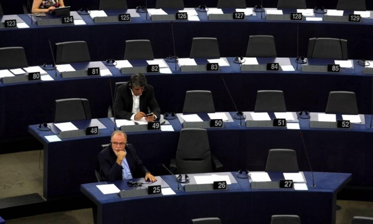Παπαδημούλης: «Εμμένουν οι θεσμοί μετά την αναγνώριση, λάθους, από το ΔΝΤ;»