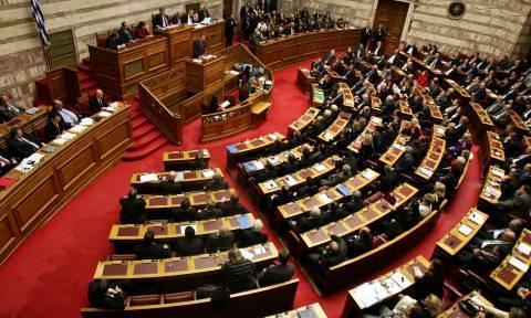 Βουλή: Ψηφίστηκε το νομοσχέδιο για την επαναλειτουργία της ΕΡΤ