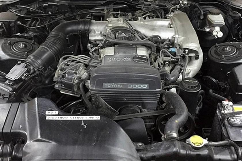 Κλασικό Αυτοκίνητο: Μία θρυλική Toyota Supra βγαίνει σε πλειστηριασμό (photos)