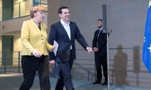 Με στόχο την πολιτική λύση η συνάντηση Τσίπρα - Μέρκελ
