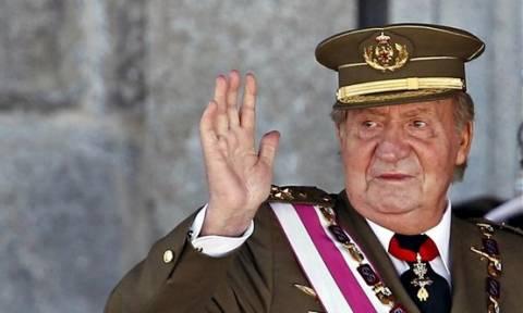 Ισπανία: Ανάρπαστο το βιβλίο για τη «διπλή ζωή» του βασιλιά Χουάν Κάρλος