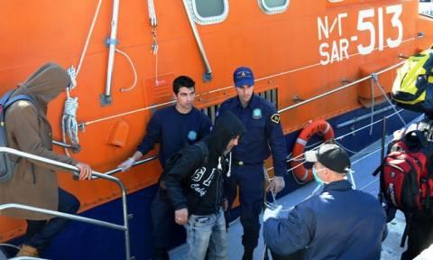 Δουλέμποροι μετέφεραν μετανάστες με ταρίφα…  4.000 δολάρια το κεφάλι