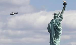 Αναστάτωση στη Νέα Υόρκη λόγω ύποπτου δέματος στο Άγαλμα της Ελευθερίας