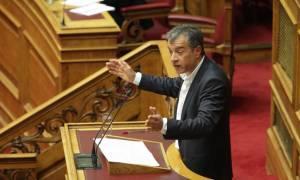 Θεοδωράκης: Η κυβέρνηση φυτιλιάζει την αβεβαιότητα
