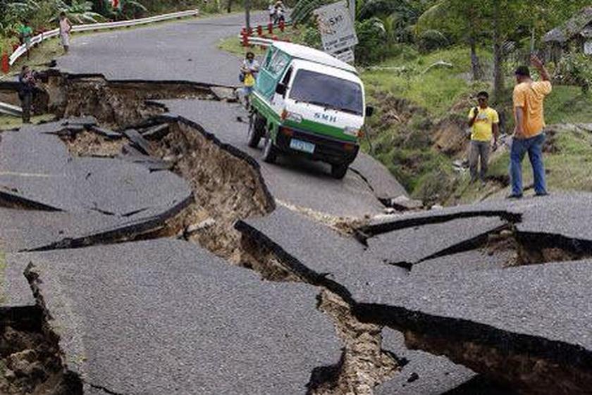 Σεισμός Νεπάλ: Η τραγωδία δεν έχει τέλος (photos & videos)