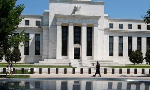 Fed: Αυξημένες οι πιθανότητες ενός Grexit