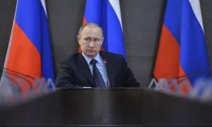 Πούτιν: Η Ρωσία δεν παραβιάζει τους «κανόνες του παιχνιδιού»