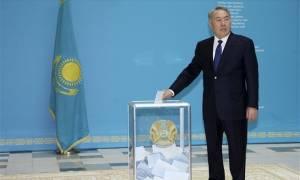 Καζακστάν: Επανεκλογή του Νουρσουλτάν Ναζαρμπάγεφ με το 97,5% των ψήφων
