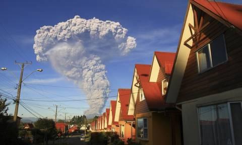 Χιλή: To ηφαίστειο Καλμπούκο παραμένει ασταθές