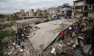 Νεπάλ: Ξεπέρασαν τους 3.600 οι νεκροί (photos)
