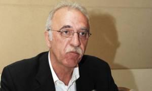 Bίτσας: Ο Βαρουφάκης έχει την υποστήριξή μας