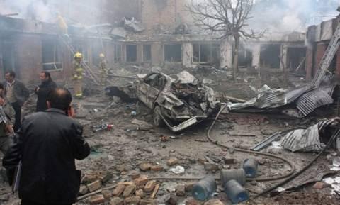 Ουκρανία: Σφοδρός βομβαρδισμός χωριού στρατηγικής σημασίας