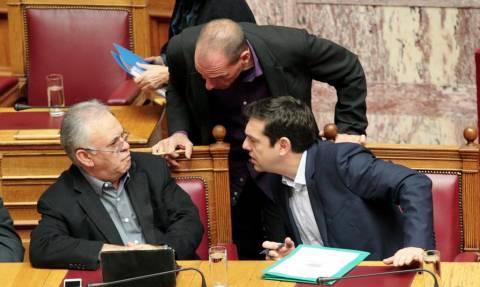 Ενισχύει την ομάδα πολιτικής διαπραγμάτευσης ο Τσίπρας