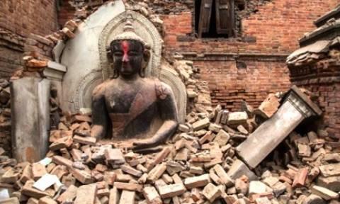 Νεπάλ: Εθελοντική εργασία έκανε την ώρα του σεισμού η αποκλεισμένη Κρητικιά (vid)