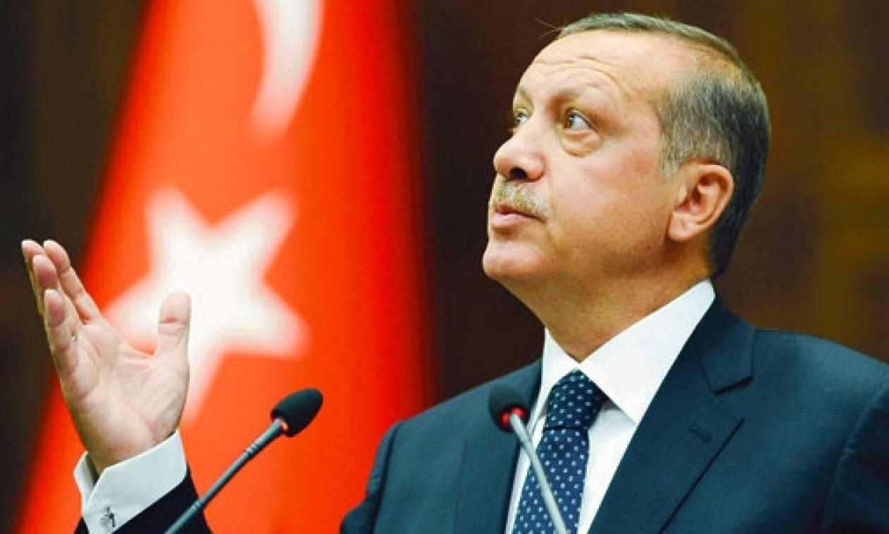 Εξομαλύνθηκε τηλεφωνικά η αντιπαράθεση Ερντογάν- Ακιντζί