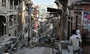 Σεισμός στο Νεπάλ: Φόβοι ότι οι νεκροί μπορεί φθάσουν τις 10.000