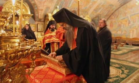 Η δεξιά χείρα του Αγ. Γεωργίου στην Ιερά Μονή Τόλγκα-Γιάροσλαβ (pics)