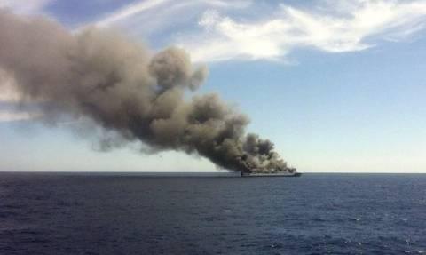 Μαγιόρκα: Επιβατηγό πλοίο τυλίχθηκε στις φλόγες εν πλω
