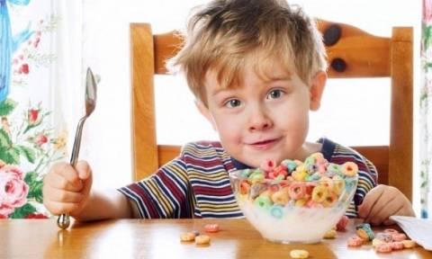 «Το παιδί μου τρώει πολλή ζάχαρη» - Να τι πρέπει να κάνετε