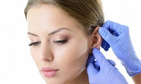 Βουλωμένο αυτί: Πώς θα αφαιρέσετε την κυψελίδα