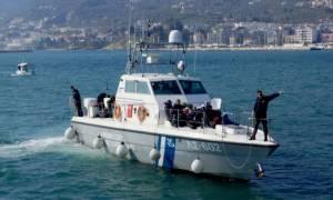 Δεκάδες μετανάστες μεταξύ αυτών και ανήλικοι εντοπίστηκαν στην Κάρπαθο