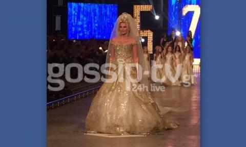 Madwalk 2015: Η Σπυροπούλου σε ρόλο μοντέλου και νύφη για την Κριθαριώτη