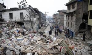 Νεπάλ: Αρχίζουν και πάλι οι ορειβατικές αποστολές στο Έβερεστ