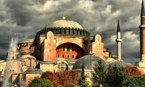 Νέα πρόκληση: Οι Τούρκοι ετοιμάζουν τελετή στη Αγία Σοφία