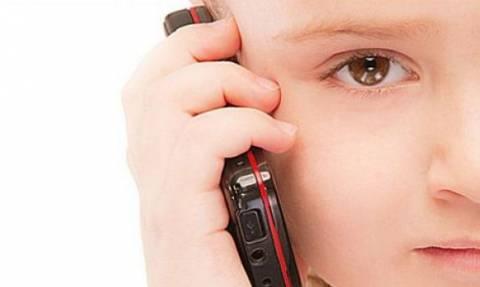 Πότε είναι πραγματικά απαραίτητο το κινητό σε ένα παιδί; Από την Αλεξάνδρα Καππάτου