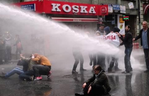 Σοβαρά επεισόδια στην Κωνσταντινούπολη (photos)