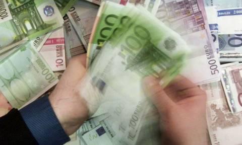 Οι πλούσιοι στην Ελλάδα κερδίζουν 6 φορές περισσότερο από τους φτωχούς