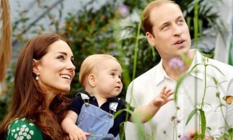 Κορίτσι το δεύτερο παιδί του πρίγκιπα Ουίλιαμ και της Κέιτ (video)