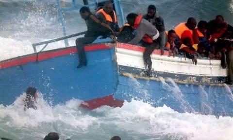 Γαλλία: Σκάφος του πολεμικού ναυτικού διέσωσε 217 ναυαγούς